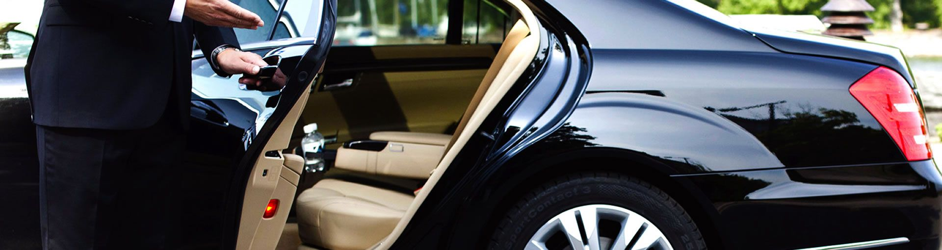 Luxury Transportation Exquisite Seattle's Limos